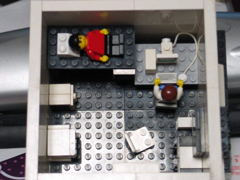 Lego Model Of A College Dorm Room Part 92