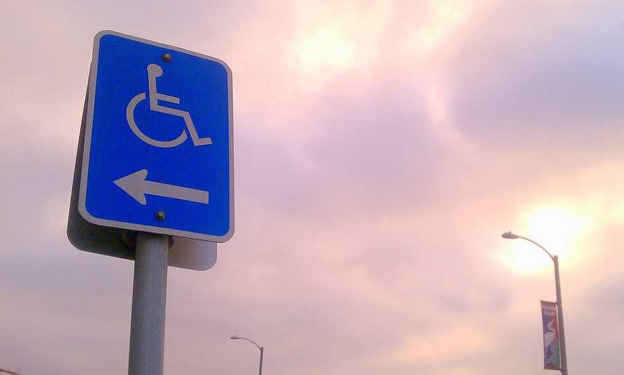 universal-access-sign-wheelchair